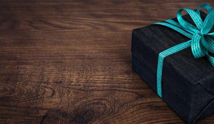Что подарить фрилансеру: идеи полезных и креативных презентов